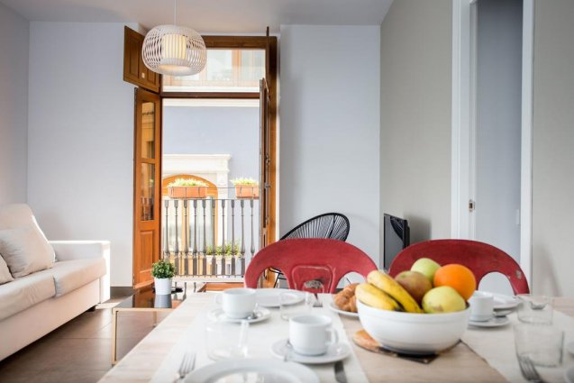 Eettafel in een appartement van Appartementen Valencia Centre Torres de Quart Valencia