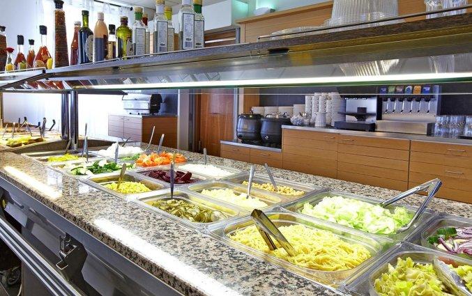 Ontbijtbuffet van hotel cabin in IJsland