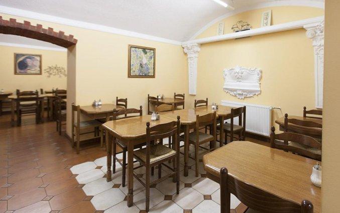 Ontbijtzaal van Hotel Atos in Praag