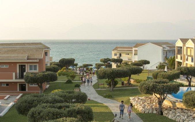 Uitzicht van Resort Mareblue Beach op Corfu