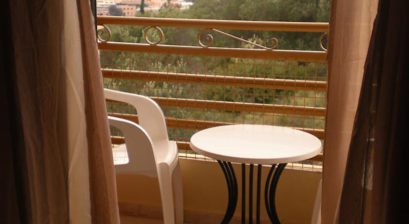 Balkon van een appartement van Appartementen Lofos op Corfu