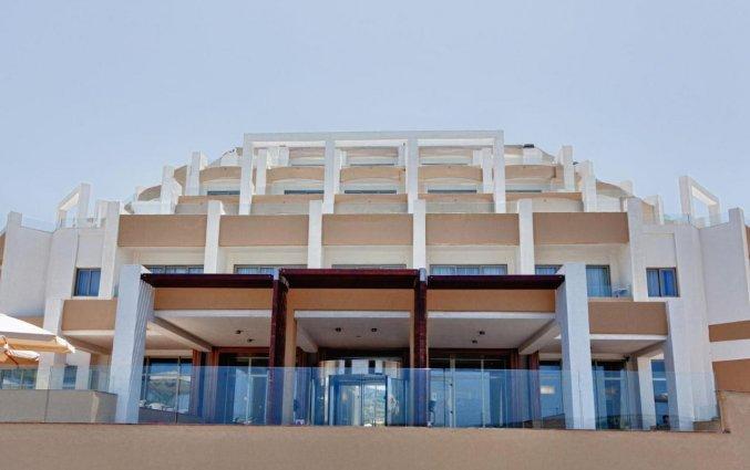 Ingang van Resort DB Seabank in Malta