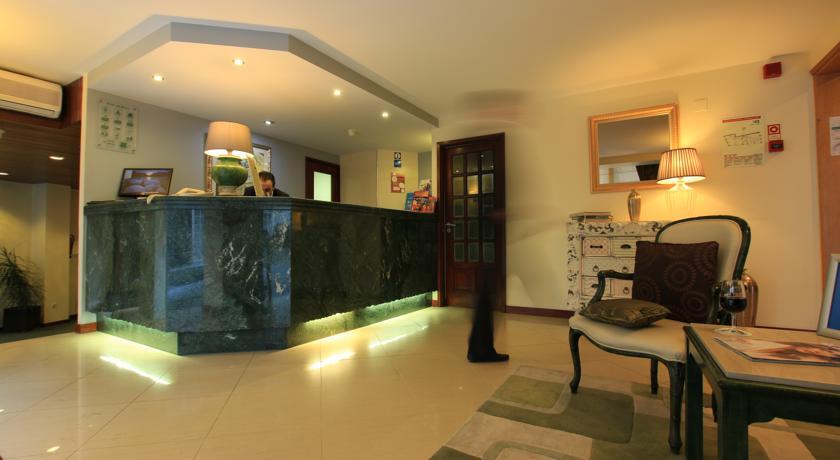 Loby en receptie van Hotel Da Bolsa in Porto