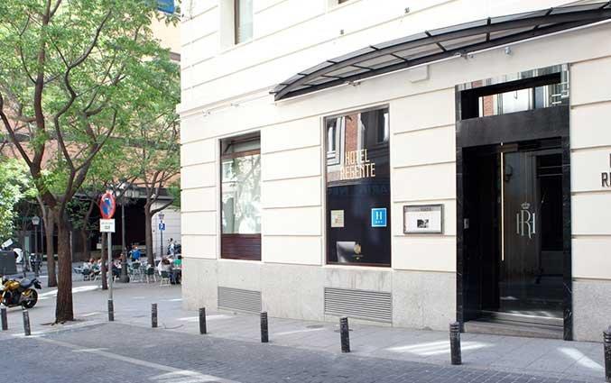 Entree van Hotel Regente in Madrid