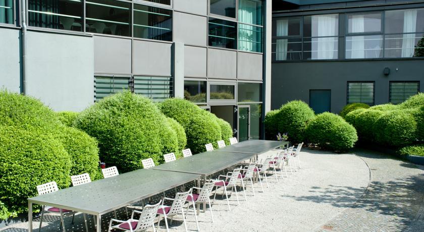Terras van Hotel Ku'Damm 101 in Berlijn