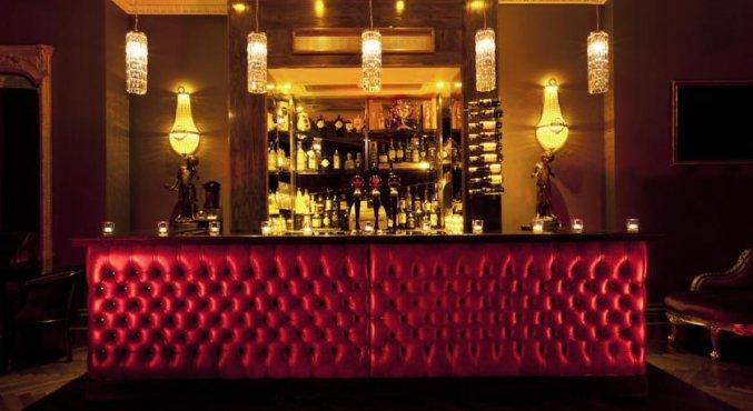 Bar hotel Harcourt in Dublin