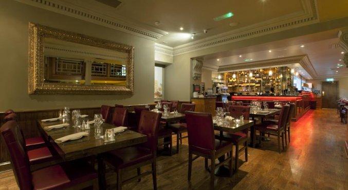 Restaurant van hotel Harcourt in Dublin