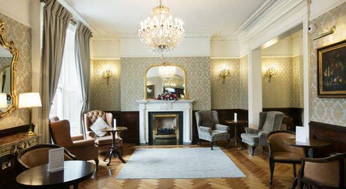 Lobby van hotel Harcourt in Dublin