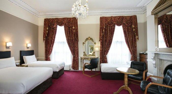 Driepersoonskamer van hotel Harcourt in Dublin