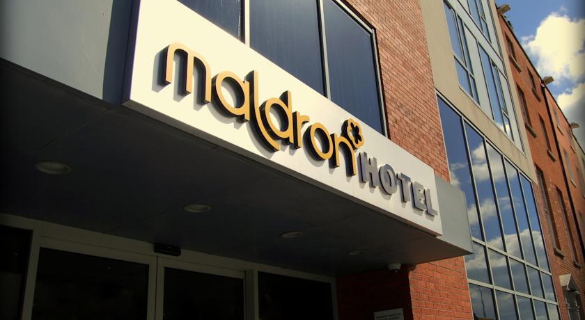 Entree van Maldron Hotel Parnell Square in Dublin
