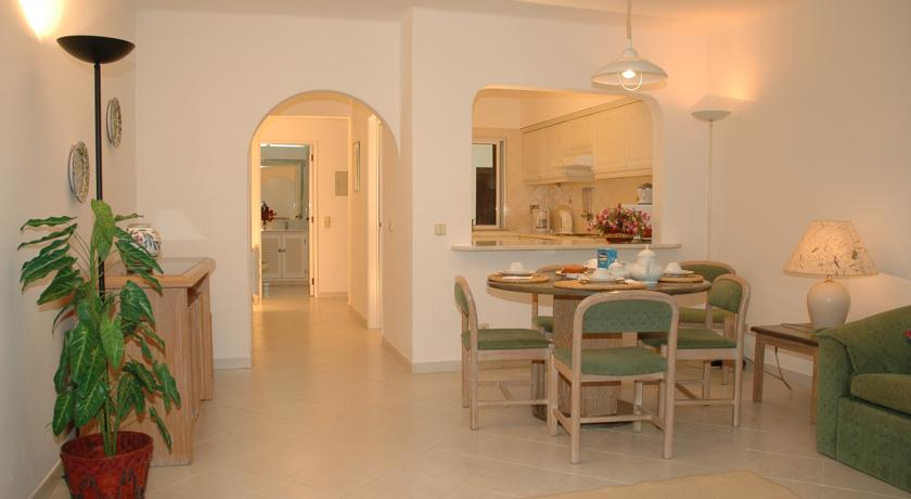 Woonkamer van een appartement van Resort Balaia Golf Village in Algarve