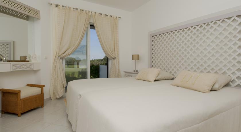 Slaapkamer van een appartement van Resort Balaia Golf Village in Algarve