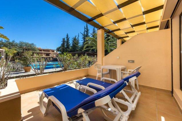Balkon van Hotel Balaia Mar in de Algarve