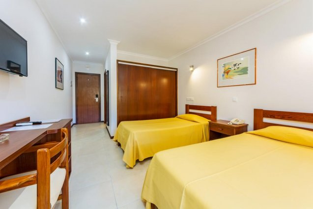Tweepersoonskamer van Hotel Balaia Mar in de Algarve