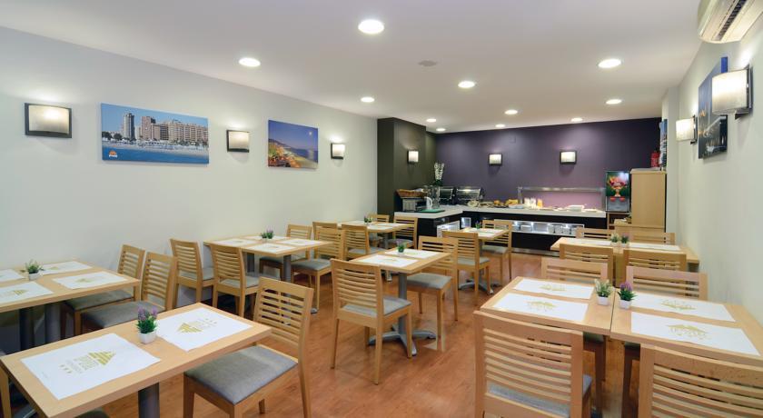 Ontbijtzaal van Appartementen PYR Fuengirola Costa del Sol