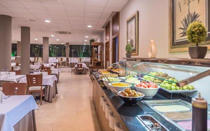 Restaurant van Hotel AlunaSun Lago Rojo in de Costa del Sol