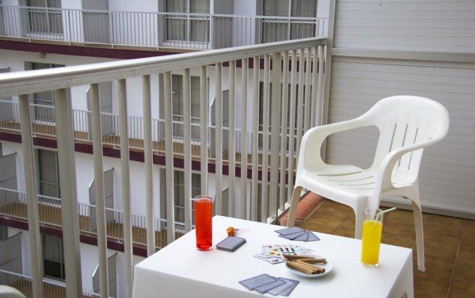 Balkon van Hotel Papi aan de Costa Brava