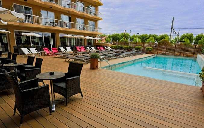 Zwembad van Hotel Volga in Costa Brava