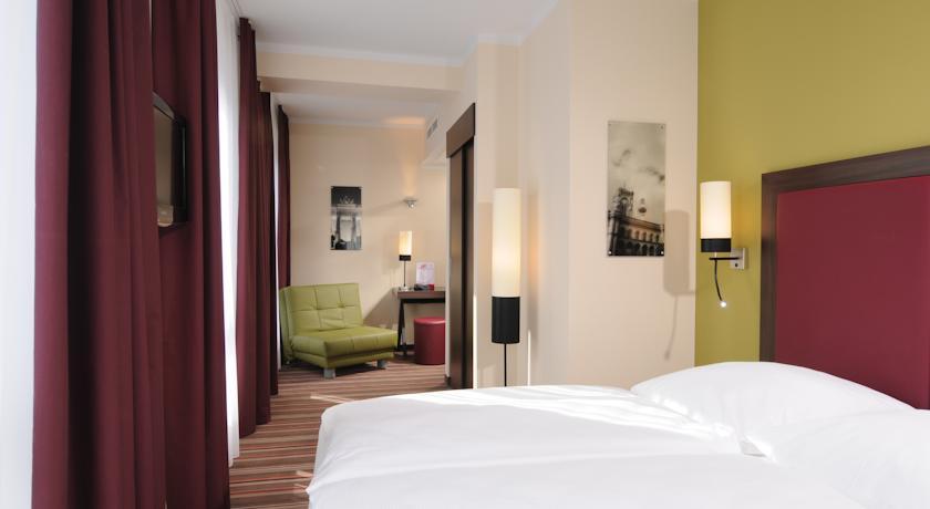 Tweepersoonskamer van Hotel Leonardo in Berlijn