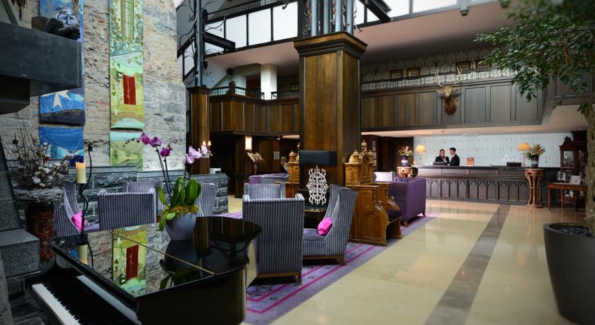 Lounge van Hotel Clontarf Castle in Dublin