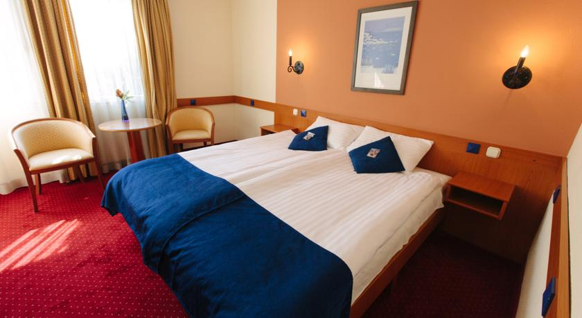 Tweepersoonskamer van Hotel Mediterran in Budapest