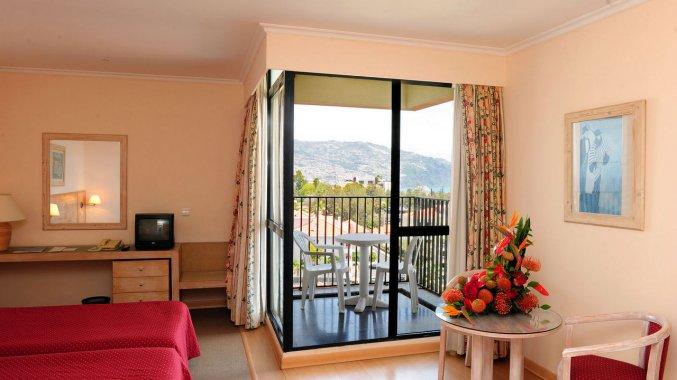 Studio van Studio's Dorisol Buganvilia op Madeira
