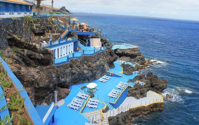 Zonneterras van Hotel Roca Mar op Madeira