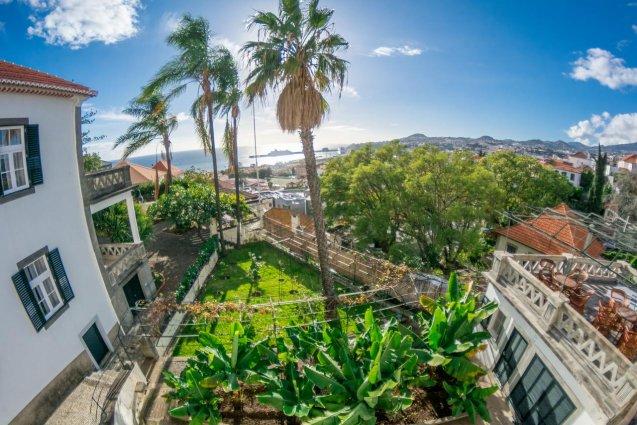 Uitzicht van Hotel ARTS in Conde Carvahal op Madeira