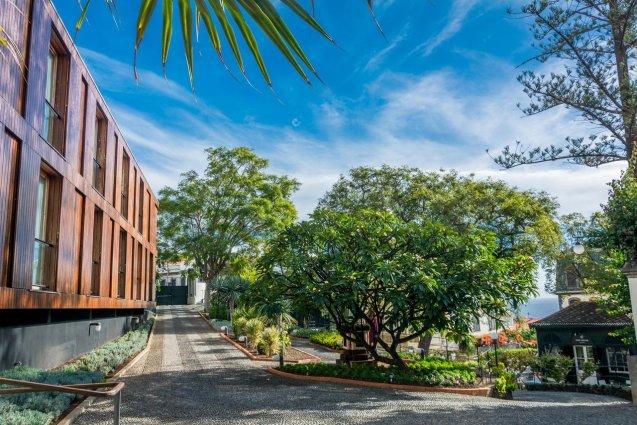 Entree van Hotel ARTS in Conde Carvahal op Madeira
