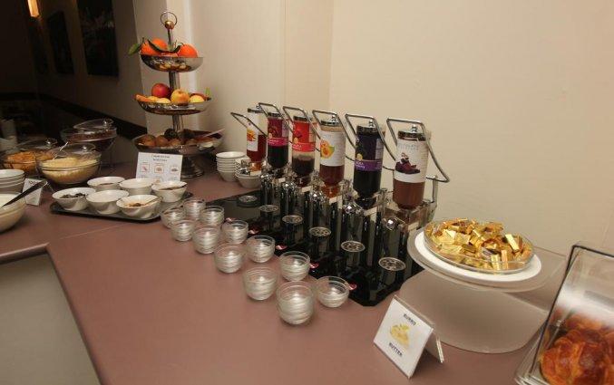 Ontbijtbuffet in Hotel Urbani Turijn