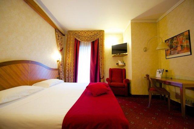 Tweepersoonskamer van Hotel Best Western Luxor in Turijn