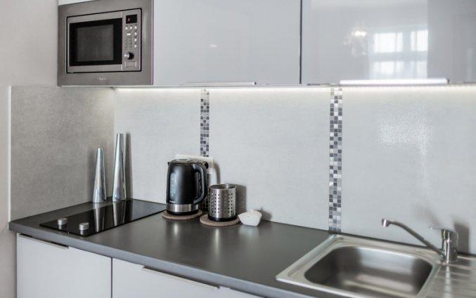 Keuken van een appartement van Appartementen 4Seasons in Krakau