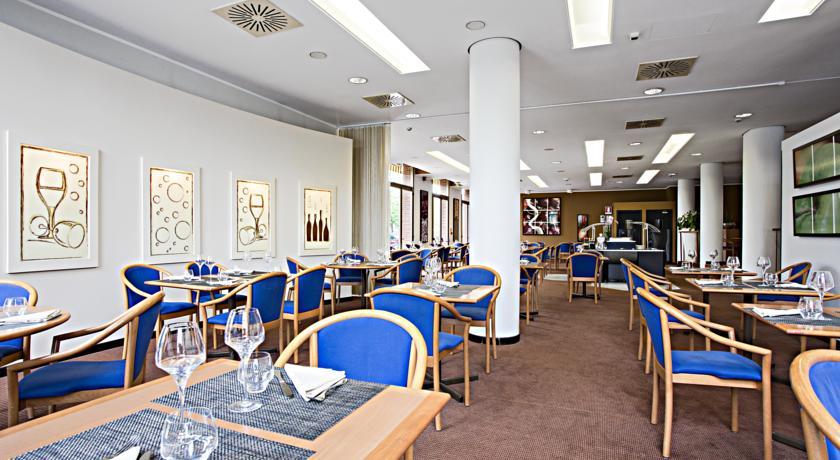 Restaurant van Hotel Novotel Torino Corso Giulio Cesare