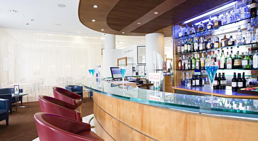 Bar in Hotel Novotel Torino Corso Giulio Cesare