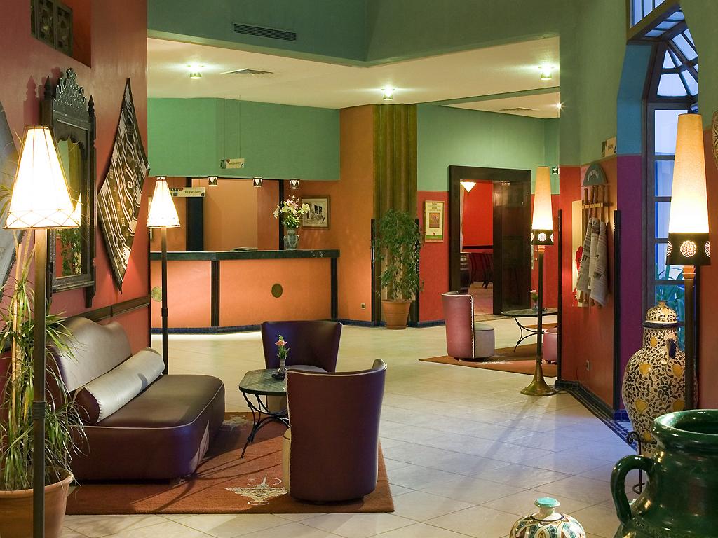 Zithoek van Hotel Ibis in Fez