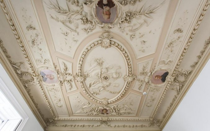 Plafond van Hotel Rex in Porto