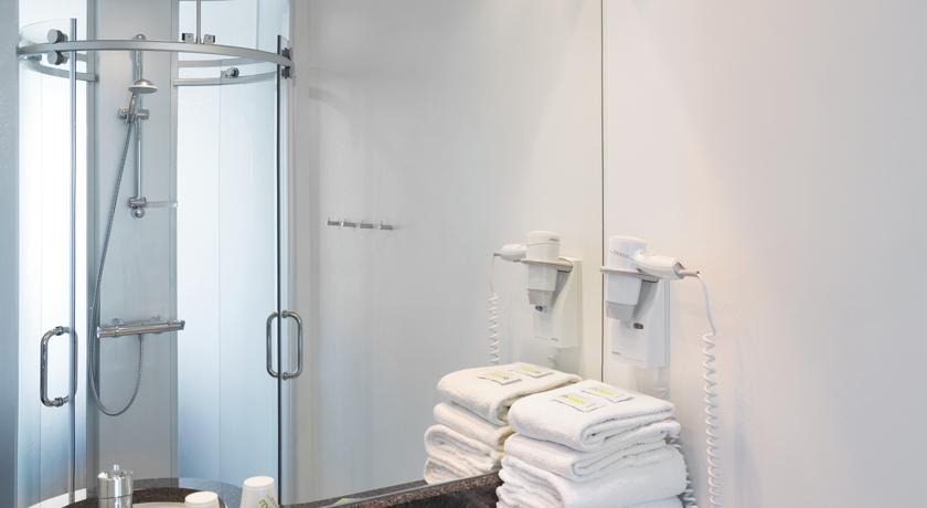Badkamer van kamer van Hotel Wakeup Copenhagen Kopenhagen