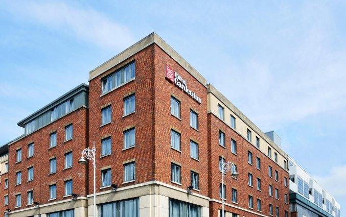 Vooraanzicht van hotel Garden Inn Dublin Custom House in Dublin