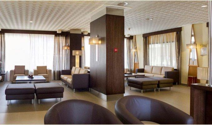 Zitgedeelte in de lobby van hotel Rincon Sol aan de Costa del Sol