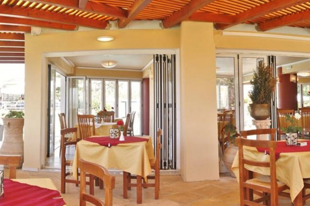 Restaurant zitgedeelte van appartementen Furtura vakantie Kreta