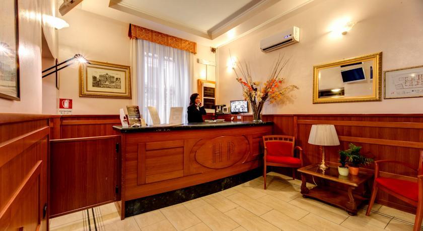 Receptie van Hotel Parker in Rome