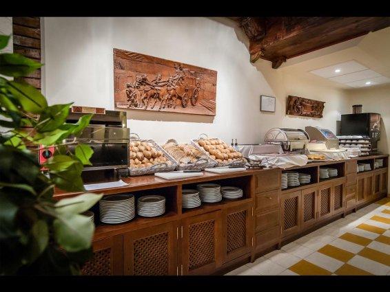 Ontbijtbuffet van Hotel Murillo in Sevilla