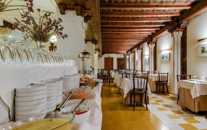 Ontbijtzaal van Hotel Murillo in Sevilla