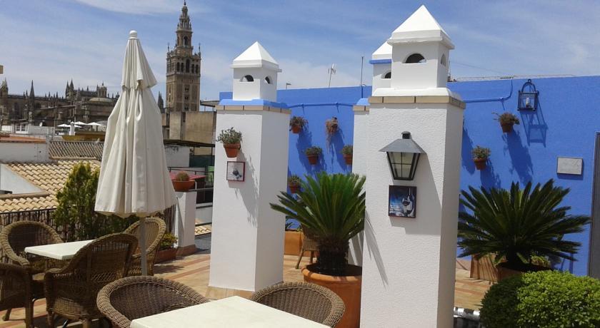 Dakterras van Hotel Murillo in Sevilla