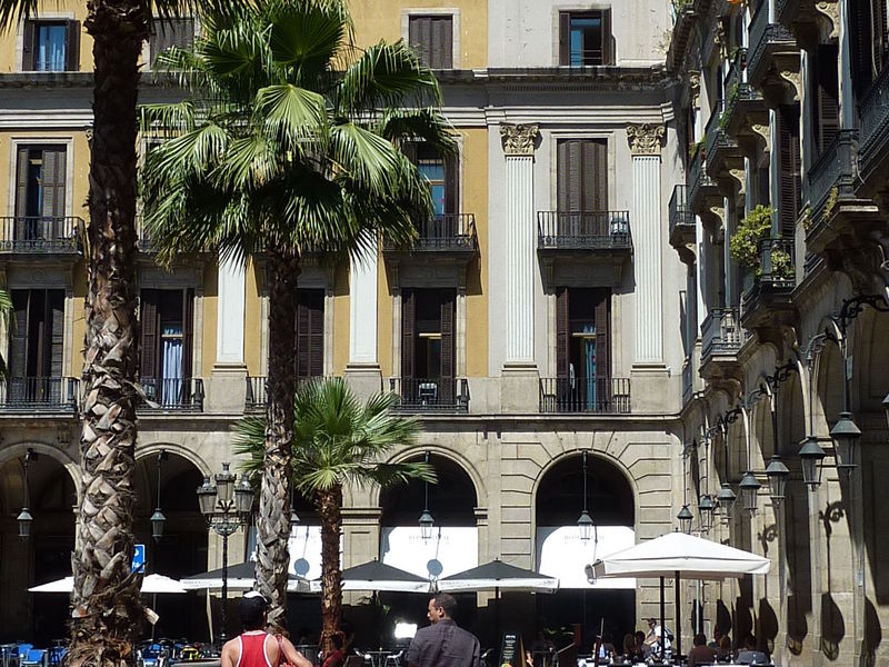 Vooraanzicht van Hotel Roma Reial Barcelona