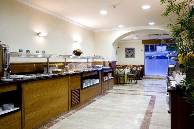 Ontbijtbuffet van Hotel Oasis in Barcelona