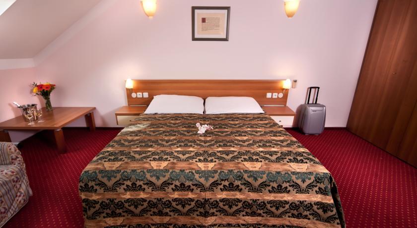 tweepersoonsbed van Hotel Residence Select Praag