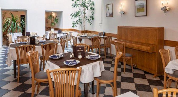 Ontbijtzaal van Hotel Augustus et Otto in Praag