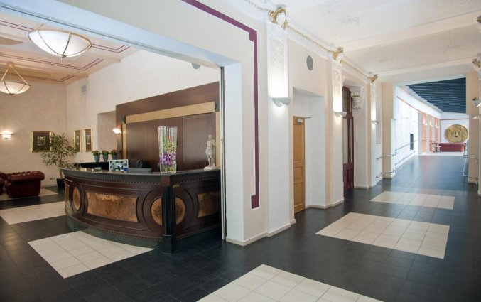 Receptie van Hotel Caesar in Praag