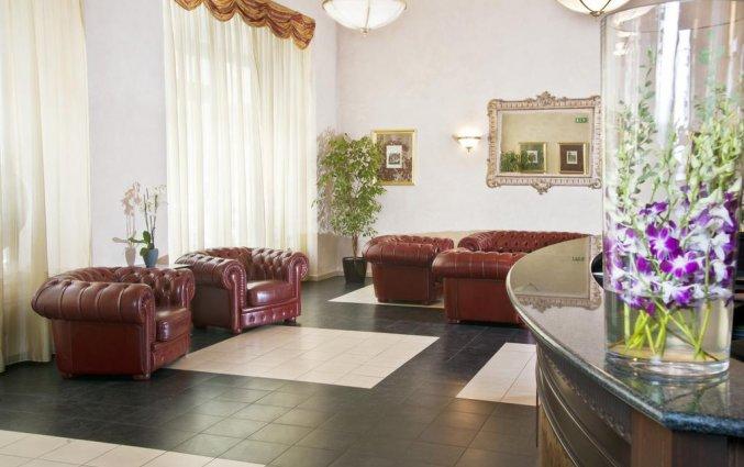Lobby van Hotel Caesar in Praag